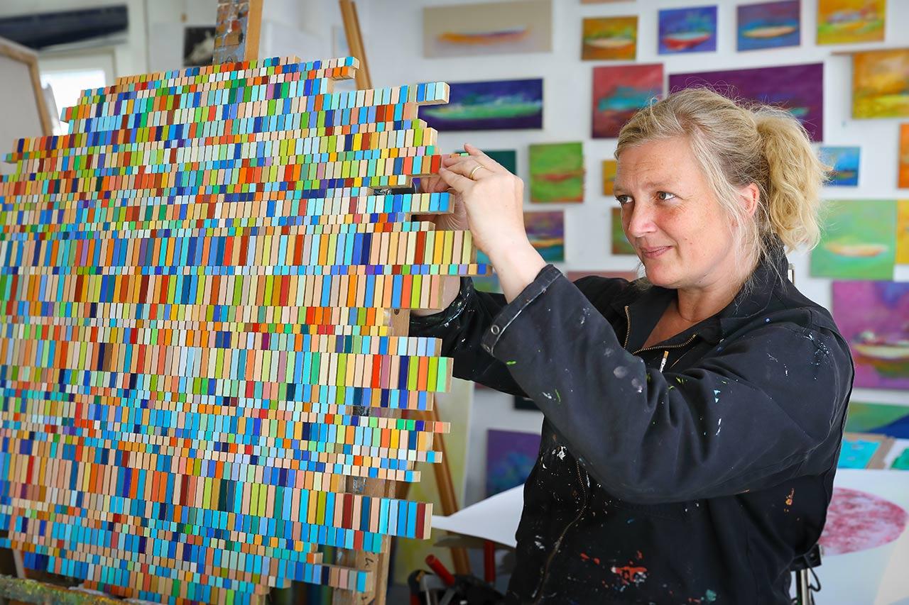 Susanne Nothdurft in ihrem Kieler Atelier (Foto: Holger Stöhrmann)